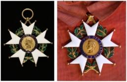Médailles conservées au Musée de la Légion d'Honneur à Paris.
