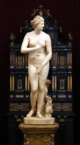 La Vénus Medicis. Sculpture grecque en marbre représentant la déesse Aphrodite. Premier siècle avant notre ère.